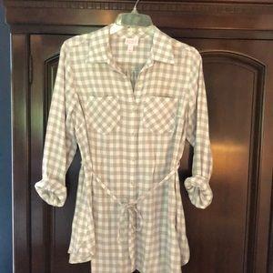 NWOT maternity blouse
